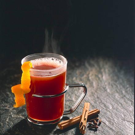 Orangen-Rotweinpunsch Rezept