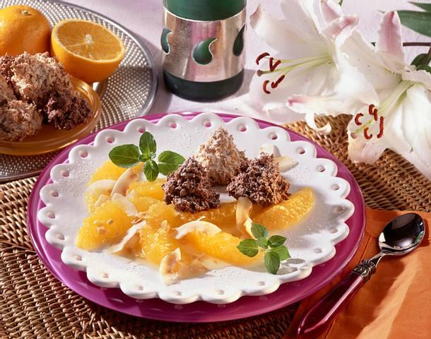 Orangensalat mit Kokosmakronen Rezept