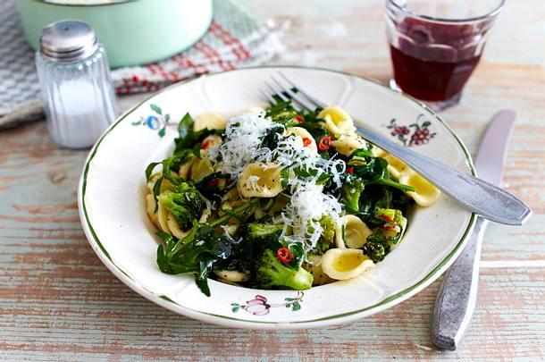 Orecchiette con Broccoli e Rucola (Orecchiette mit Brokkoli und Rucola) Rezept