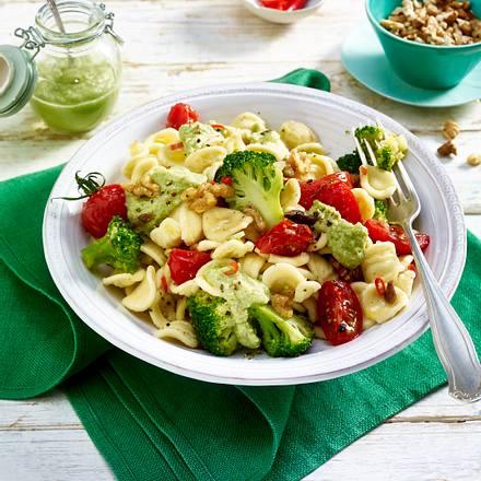 Orecchiette mit Brokkoli-Pesto und Tomaten Rezept