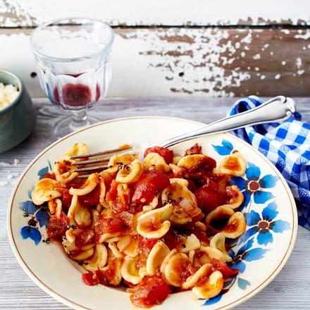Orecchiette mit dreierlei Tomaten Rezept