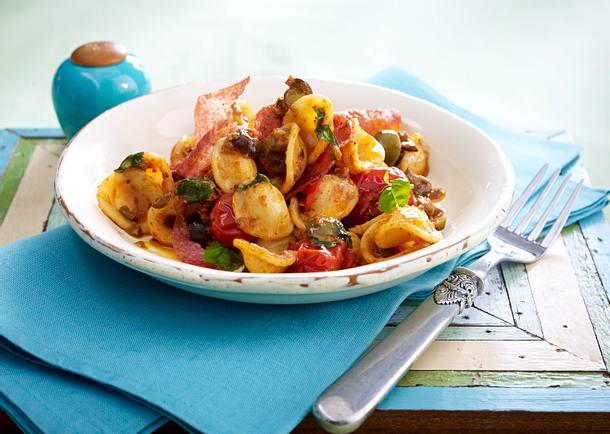 Orecchiette mit Salami in Oliven-Tomatensoße Rezept