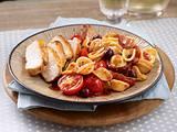 Orecchiette (Öhrchennudeln) mit Hähnchen und Rotwein-Tomatensoße Rezept