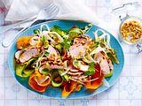 Pad-Thai-Salat mit Erdnusshühnchen