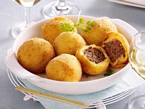 Panierte Kartoffel-Hackbällchen Rezept