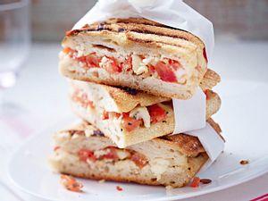 Panini-Rezept mit Tomate und Mozzarella Rezept