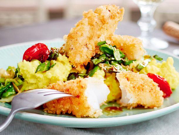 Panko-Fischstäbchen mit Asiaspitzkohl und Wasabi-Kartoffelpüree Rezept-F8645202