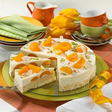 Panna Cotta-Torte mit Aprikosen Rezept