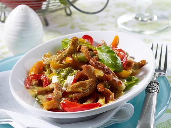 Paprika-Geschnetzeltes mit Pesto-Creme Rezept