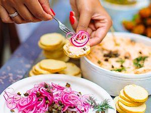 Surprise, Surprise! Paprika-Paté Rezept
