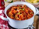 Paprika-Wurst-Gulasch rezept
