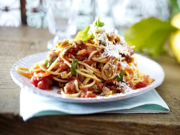 Pasta con Carne e Melanze (Spaghetti mit Auberginen-Hack-Soße) Rezept