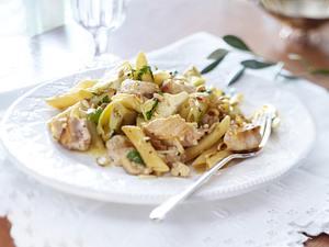 Pasta con Pesce Spada e Carciofu (Penne mit Schwertfisch und Artischocken) Rezept