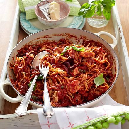 Pasta mit Tomaten-Thunfisch-Sugo Rezept