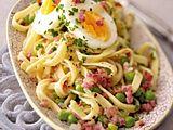 Pasta Pronto mit Pfefferbutter und Ei Rezept