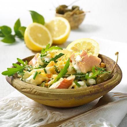 Pasta-Salat mit Rucola und Forelle Rezept