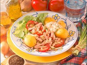 Pellkartoffeln mit Wurstsalat Rezept