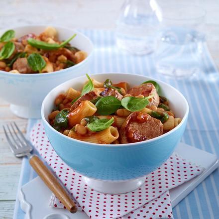 Penne in Parmesan-Tomatensugo mit Bohnen & Schweinefilet Rezept