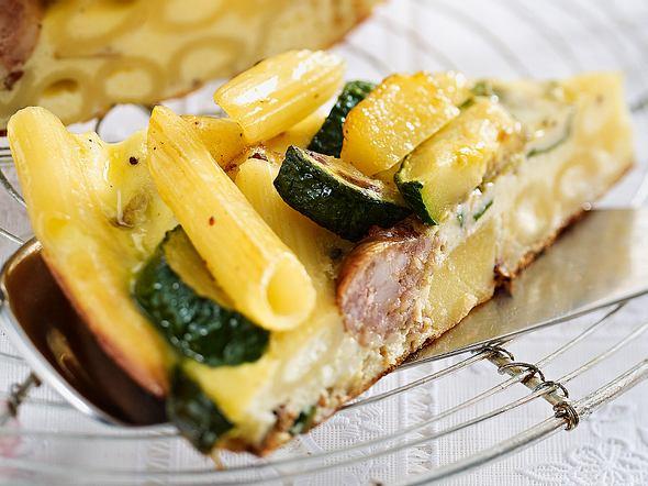 Penne-Kartoffel-Frittata mit Salsiccia Rezept