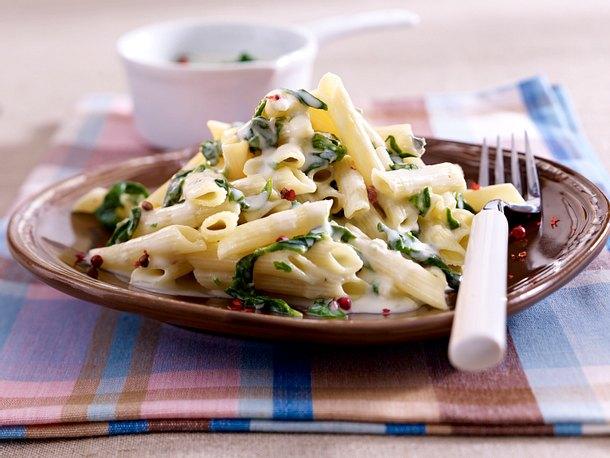 Penne mit Gorgonzola-Spinat-Soße Rezept