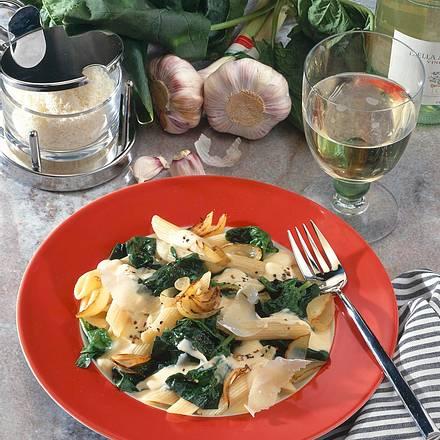 Penne mit Spinat & Parmesan Rezept