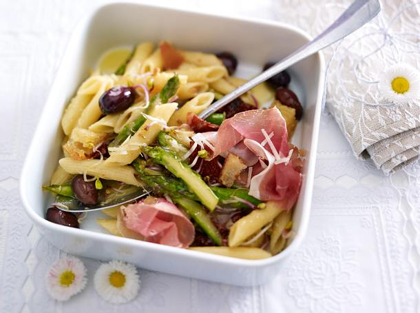 Penne-Spargel-Salat (Vegetarisch, reguläre Mengenangaben) Rezept