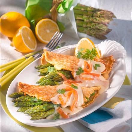 Pfannkuchen mit Spargel und Lachs Rezept