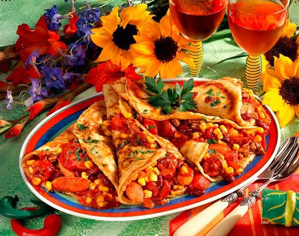 Pfannkuchen mit Wurstchili Rezept