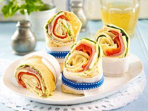 Pfannkuchen-Wraps mit Lachschinken und Paprika Rezept