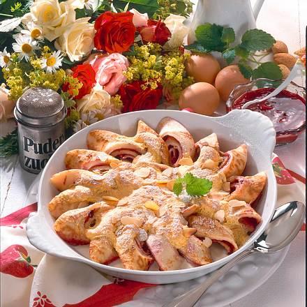 Pfannkuchenröllchen mit Eierguss Rezept