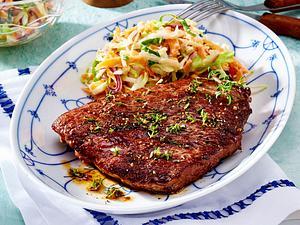 Pfeffer-Steaks mit Krautsalat Rezept