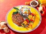 Pfefferhuftsteak mit Gemüsespießen Rezept