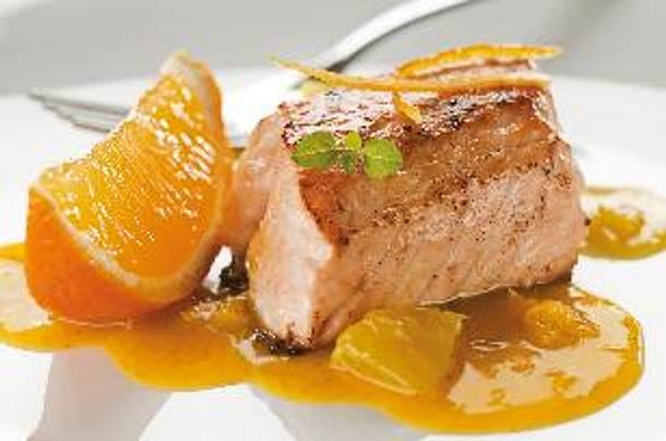 Pfefferlachs mit Orangen-Meerrettich-Dip Rezept