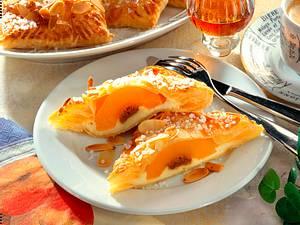 Pfirsich-Amaretto-Taschen Rezept