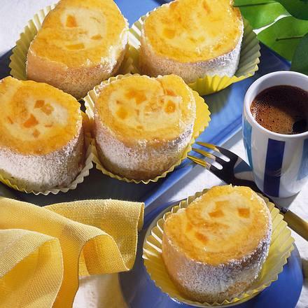 Pfirsich-Biskuitröllchen Rezept