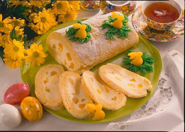 Pfirsich-Joghurt-Biskuitrolle Rezept