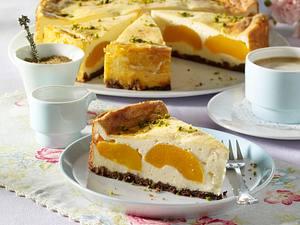 Pfirsich-Käsekuchen mit Knusperboden Rezept