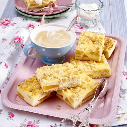 Pfirsich-Käsekuchen mit Zimtstreuseln Rezept | LECKER