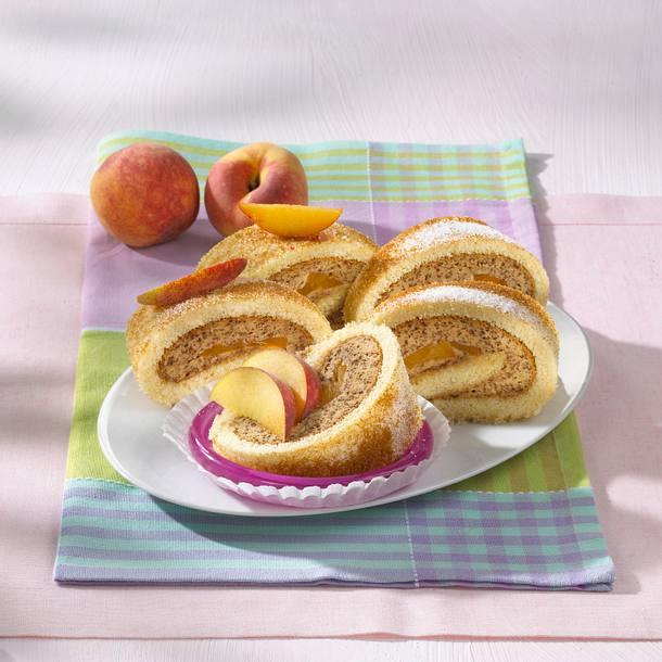 Pfirsich-Mokka-Biskuitrolle Rezept