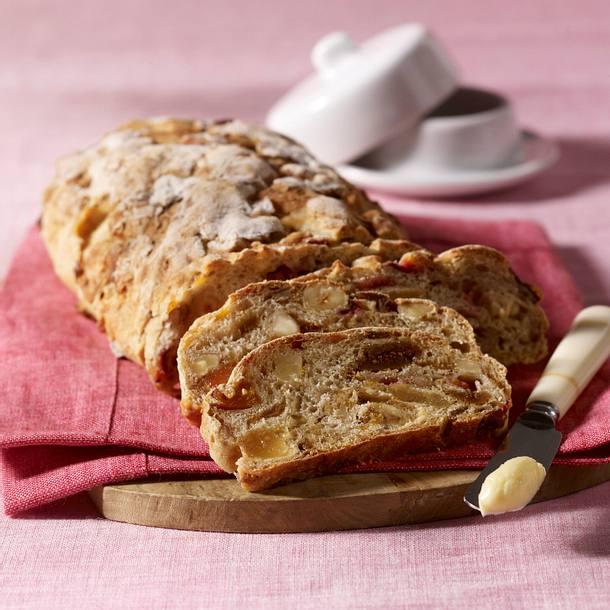 Pflaumen-Nuss-Brot Rezept