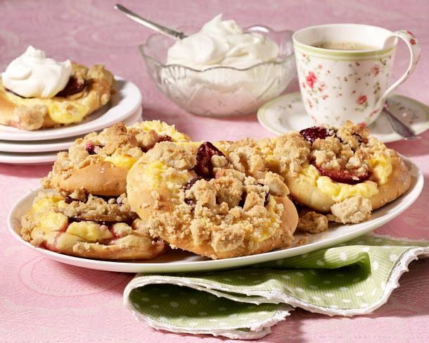 Pflaumen-Pudding-Taler mit Streuseln Rezept