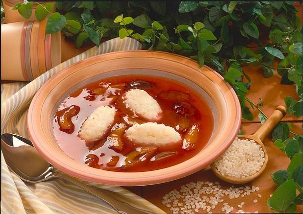 Pflaumenkaltschale mit Mandelreis Rezept