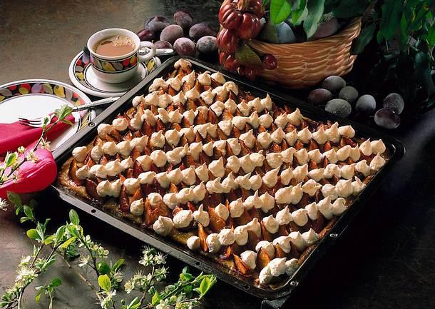 Pflaumenkuchen mit Kokosraspel Rezept