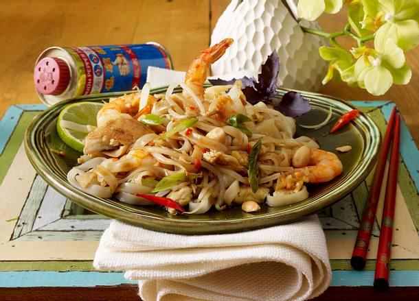 phat thai rezept chefkoch rezepte auf kochen backen und schnelle gerichte. Black Bedroom Furniture Sets. Home Design Ideas