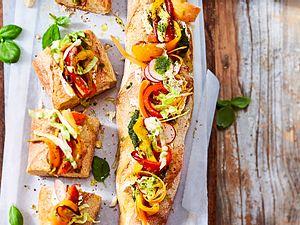 Picknick-Baguette mit Blitz-Pesto Rezept