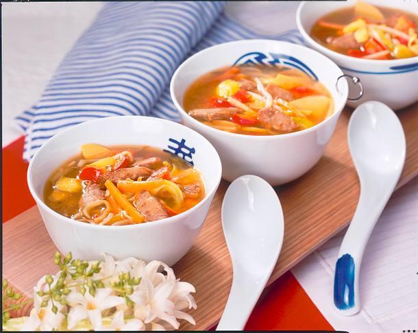 Pikante Asia-Suppe Rezept