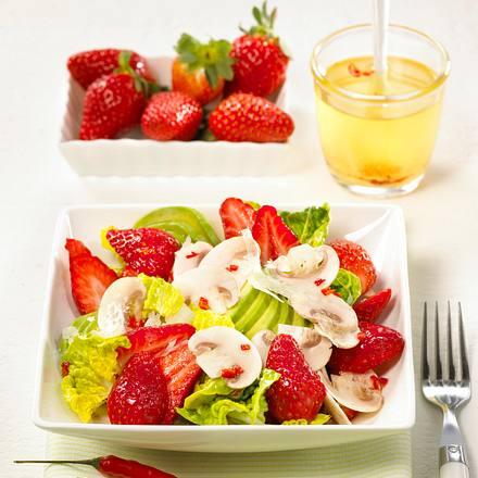 Pikanter Erdbeer-Avocado-Salat Rezept