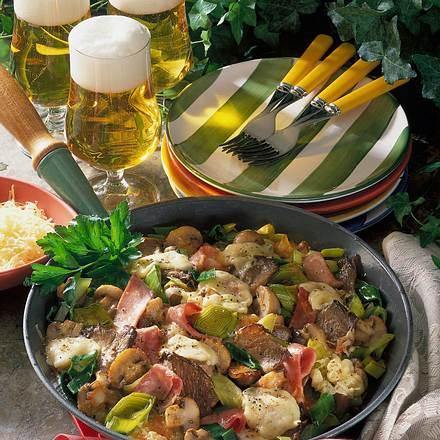 Pilz-Pfanne mit Porree und Käse Rezept