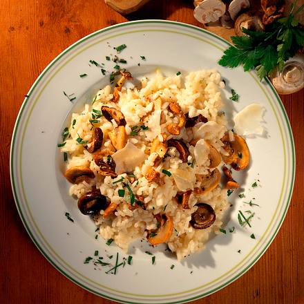 pilz risotto rezept chefkoch rezepte auf kochen backen und schnelle gerichte. Black Bedroom Furniture Sets. Home Design Ideas
