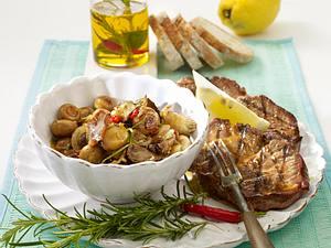 Pilze in Kräuteröl zu Nackensteak Rezept
